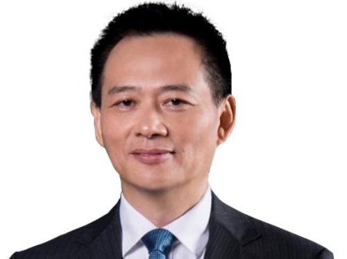 Proton-ceo-Li Chunrong
