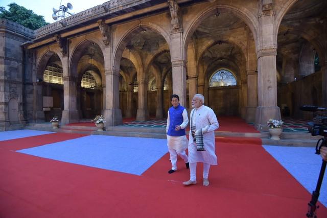 shinzo abe-india visit-modi-13092017 (14)