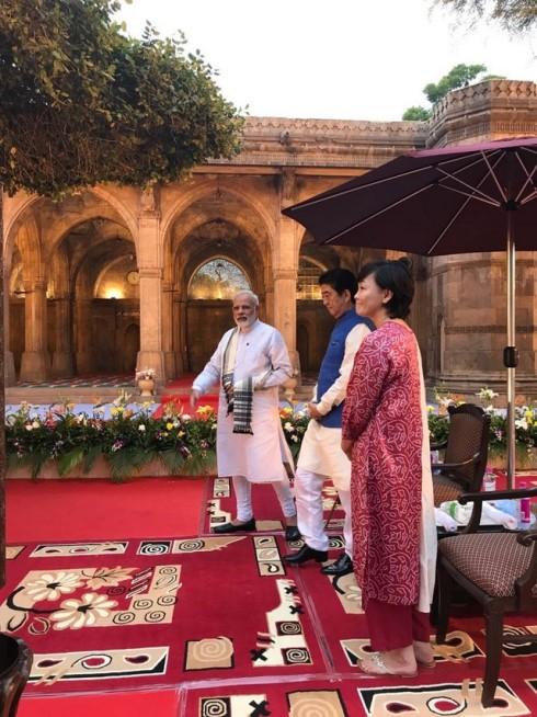 shinzo abe-india visit-modi-13092017 (2)