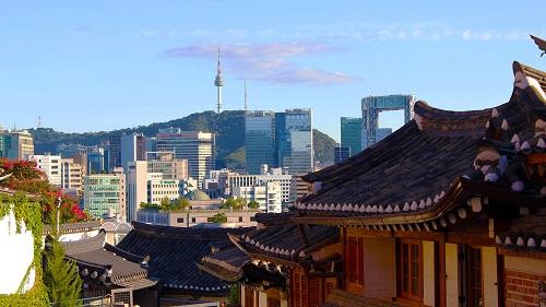 Bukchon-seoul-tower